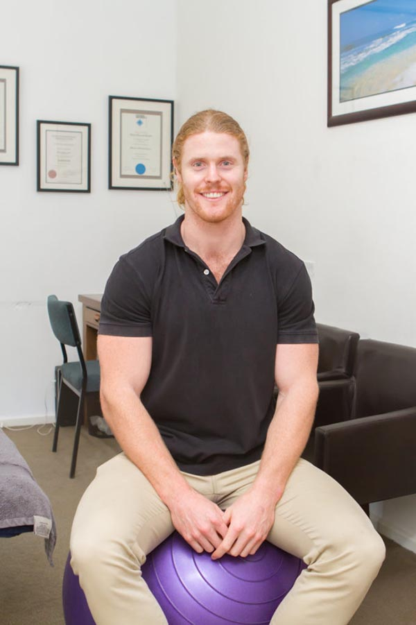Osteo Doctor - Brent Linley is an osteopath at Richmond Osteo Clinic in Richmond VIC